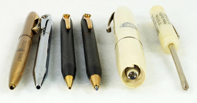 RD21486 Vintage Advertising General Electric GE Cross Ink Pens, Screwdriver & Flashlight DSC05396