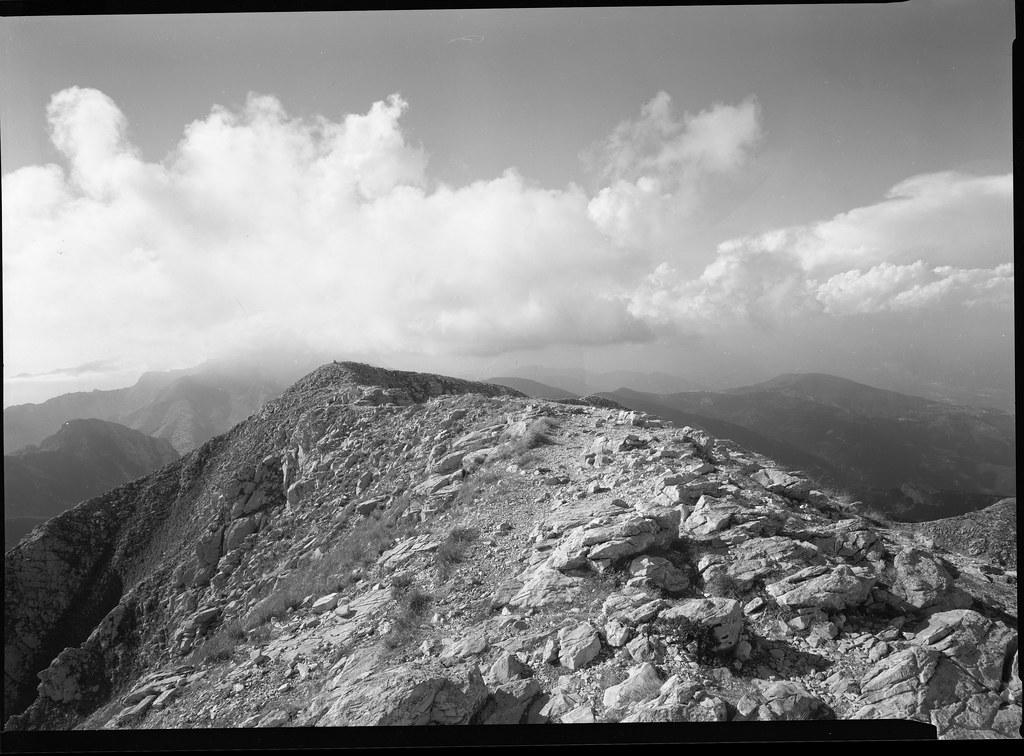 Mountain scene. 13x18 cm. plan film.