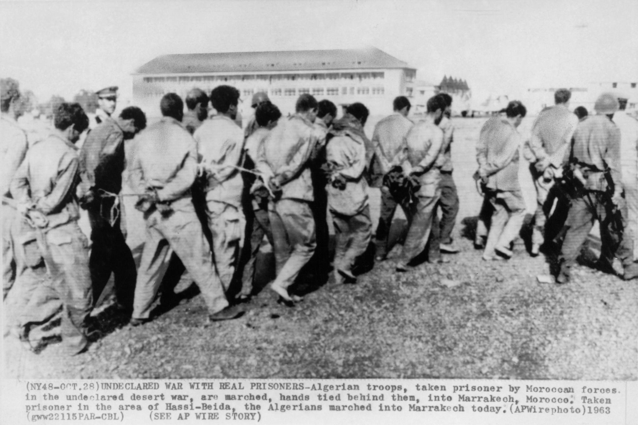 Photos - Guerre des Sables - 1963 - Page 8 49927626406_d6b4a088c4_o_d