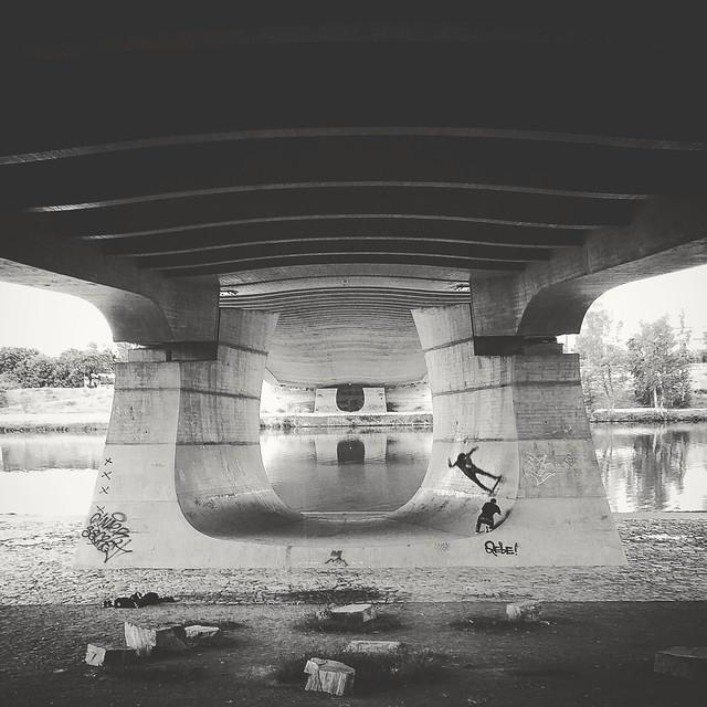 Holešovice - pod mostem
