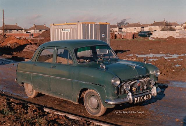 1954 Ford Consul Mk1 KFK 450 (1988)