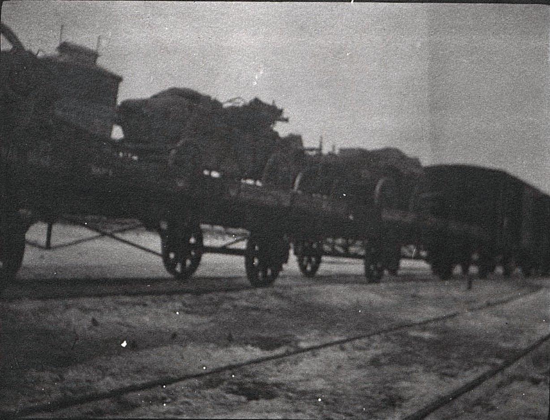 10. Передвижение отряда по железной дороге. 1915.
