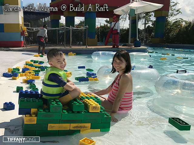 legoland-malaysia-waterpark-jaren-at-build-a-raft