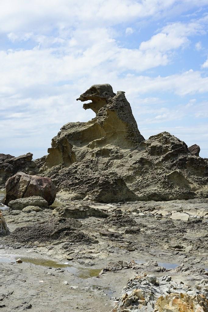 ゴジラ岩 男鹿半島