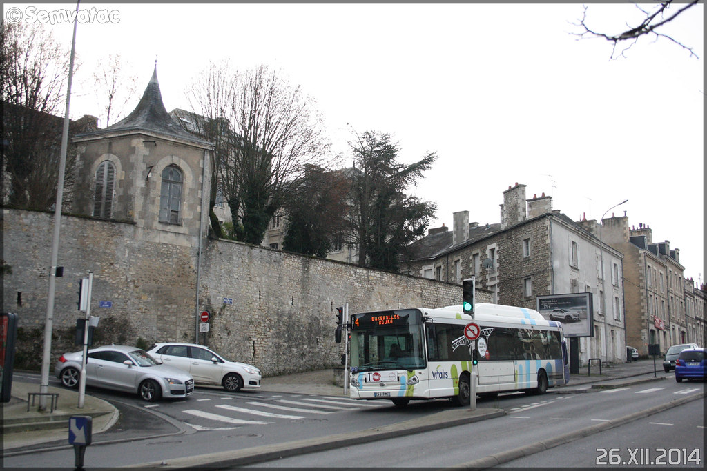 Heuliez Bus GX 327 GNV – RTP (Régie des Transports Poitevins) / Vitalis n°601