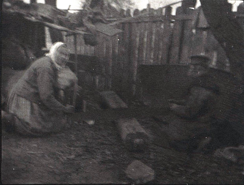15. Приготовление дров. 1915