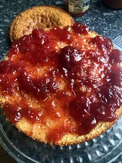 Victoria sandwich cake 5