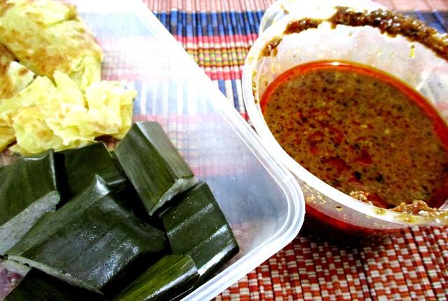 Kelupis & satay sauce