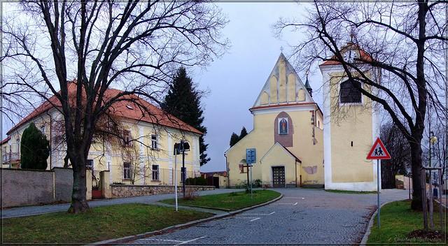 Kirche St. Nikolaus zu Beneschau