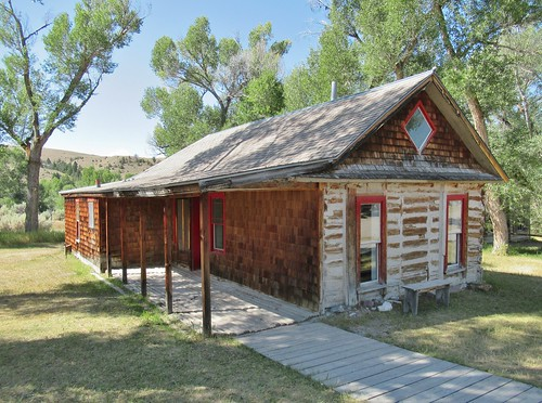 bannack montana bannackstatepark statepark history ghosttown miningtown building architecture house home graeterhouse