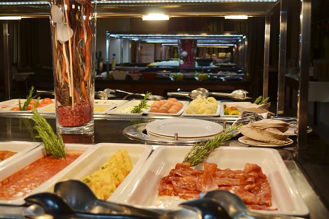 Hotel buffet 1