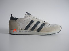 1985 VINTAGE ADIDAS IDAHO RUNNING SPORT SHOES