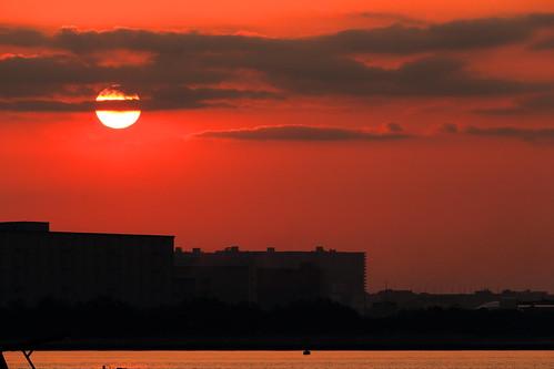 sunrise industrial building sun cloud clouds red tokyobay ichikawa chiba japan sky mor dawn