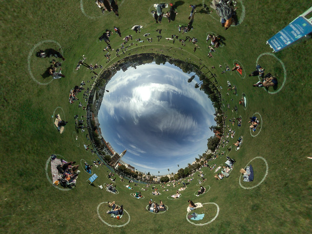 Dolores Park Social Distancing Circles
