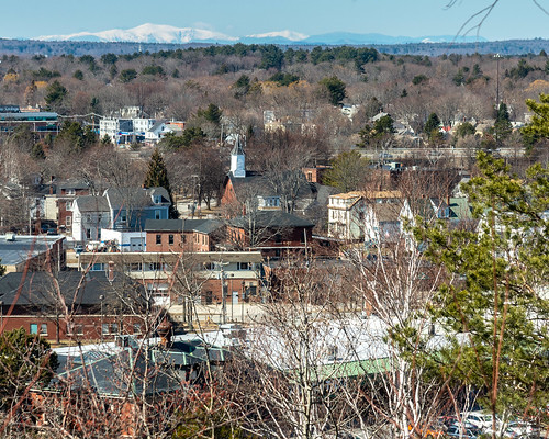 Mt. Washington over Libbytown Neighborhood, from the Western Promenade | by Corey Templeton