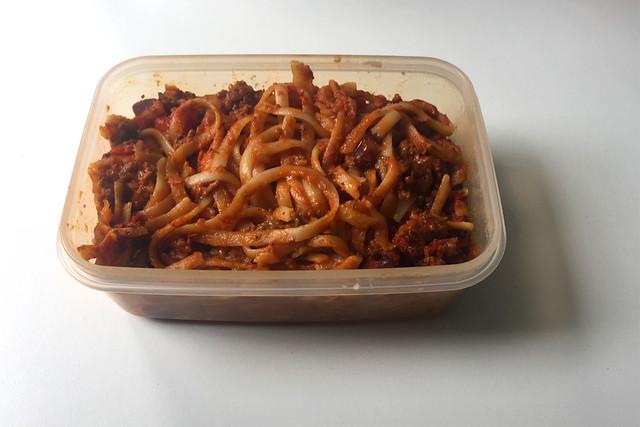 Tagliatelle in mincemeat tomato cream sauce - Resteverbrauch I / Tagliatelle in Hackfleisch-Tomaten-Sahnesauce - Resteverbrauch I