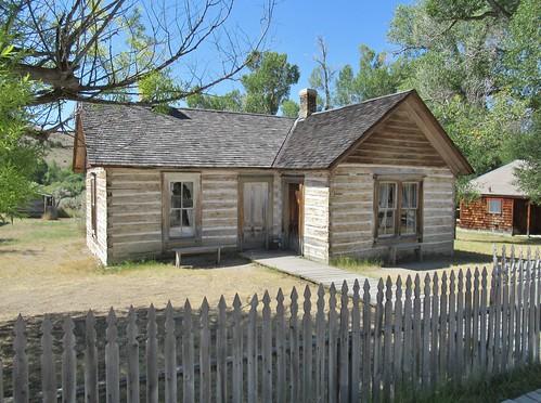 bannack montana bannackstatepark statepark history ghosttown miningtown building architecture house home drryburnhouse