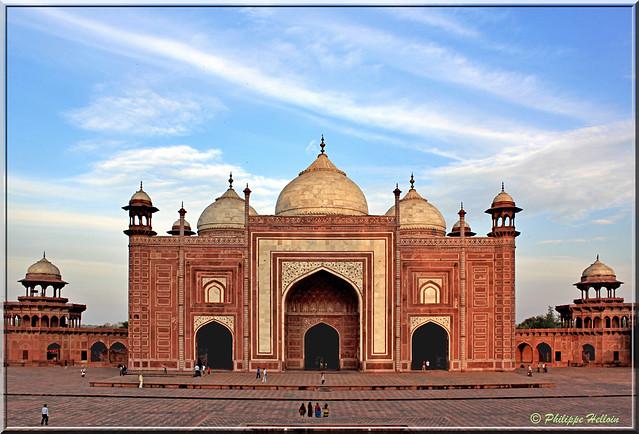 jawab du  Taj Mahal