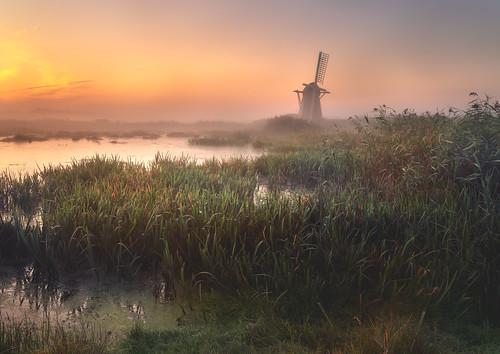 lowestoft england unitedkingdom windmill sunrise anthonywhitesphotography wacomintuospro