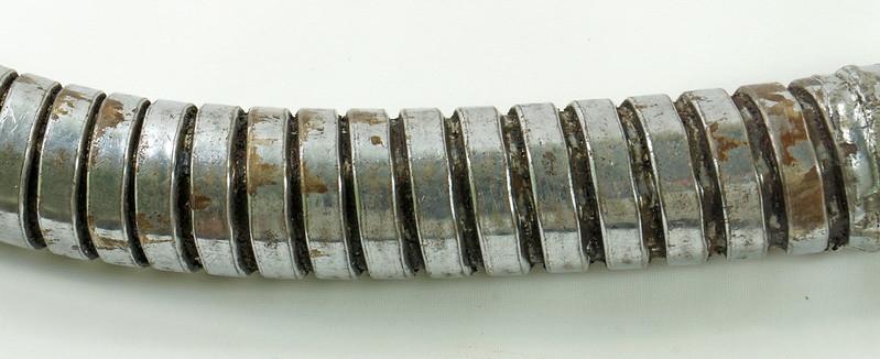 RD28715 Rare Vintage Long 23 inch Oil Can Pour Spout Flexible Flow Control Swingspout Measure Co. DSC05510