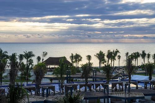 Sun beams just after sunrise, Royalton Riviera Cancun Resort & Spa, Mexico
