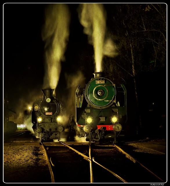 ČD_387.043 + 354.195_Railway Museum_Lužná u Rakovníka_Central Bohemia_Czechia
