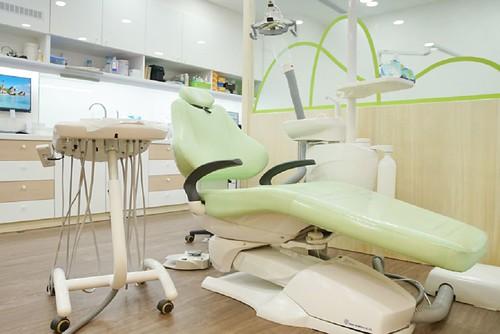推薦,牙醫,診所,人本自然牙醫,醫師,齒雕,高雄,植牙,假牙