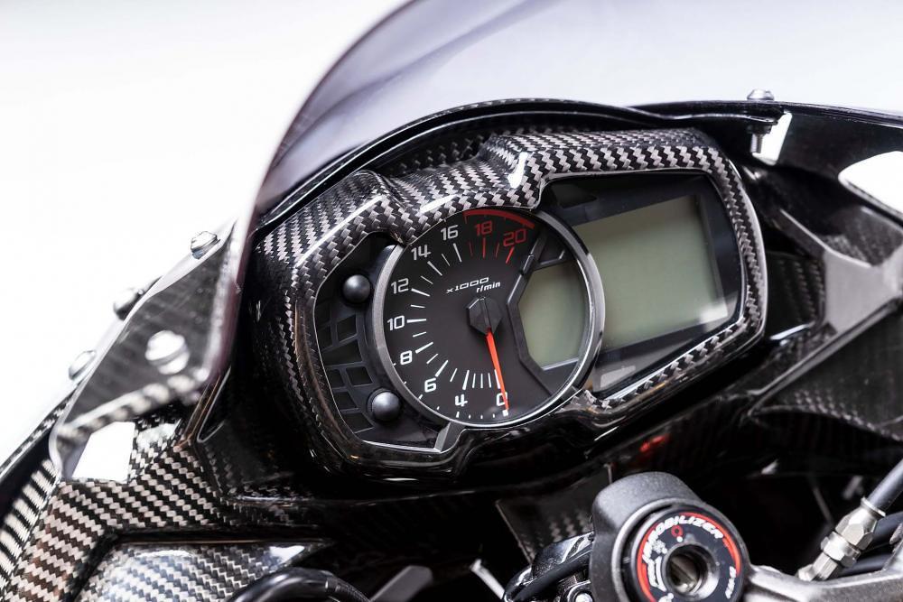 Kawasaki ZX-25R Racing Part 1