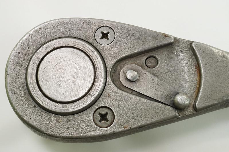 RD29426 1945 - 1948 PLOMB Pebble Grain 5649 Ratchet Wrench DSC05569