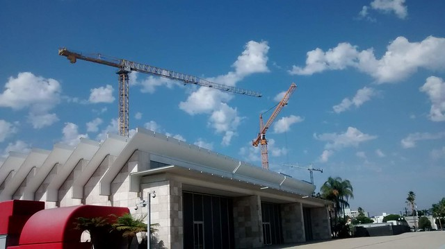 Cranes over the museum