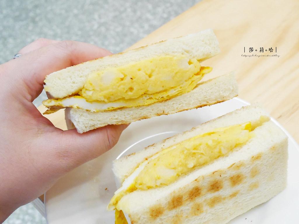 台北人氣必吃早餐早午餐美食真芳信義店碳烤吐司紅茶牛奶忠孝東路蛋餅 (3)