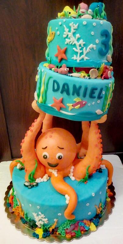 Cake by Valentina Moretti