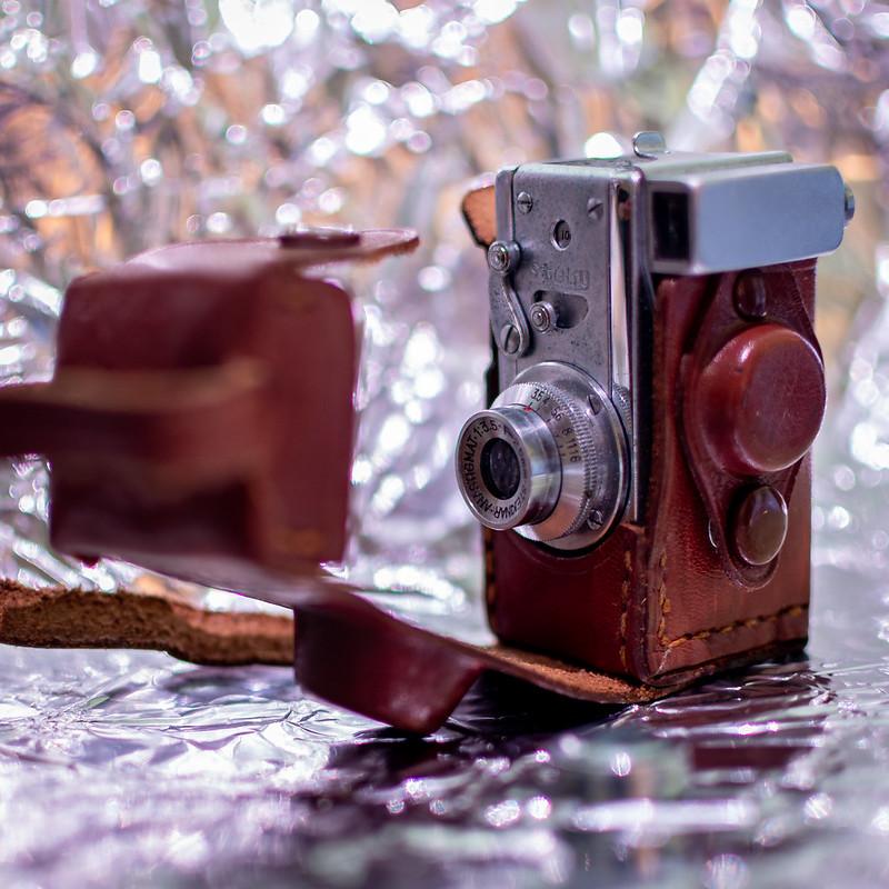 Steky II mini camera for 16mm film