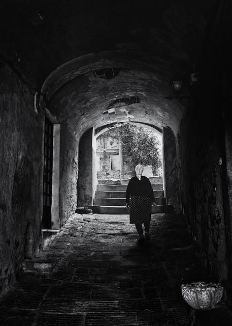 Street photography Italy - Castagneto Carducci
