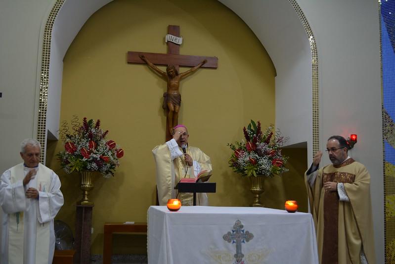 Missa de posse do padre Francisco Veloso como Administrador da Paróquia Santo Antônio de Pádua - Vila Augusta