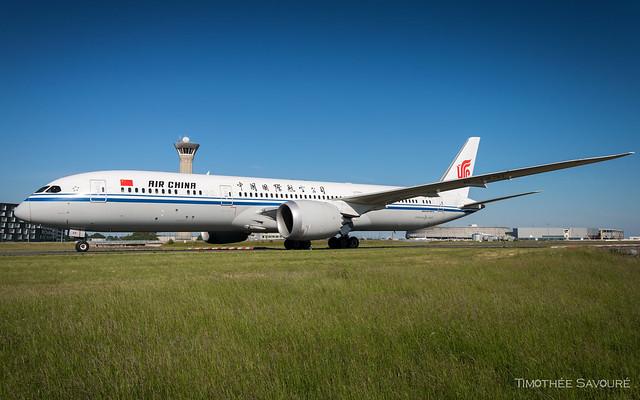 CDG | Air China Boeing 787-9 Dreamliner | B-1431