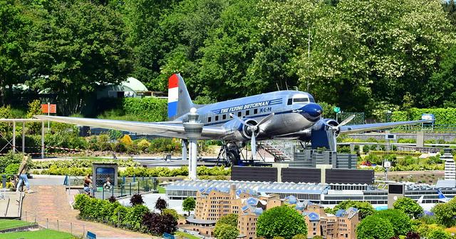 Douglas DC-3C c/n 33232 registration N213GB preserved in Amusement park
