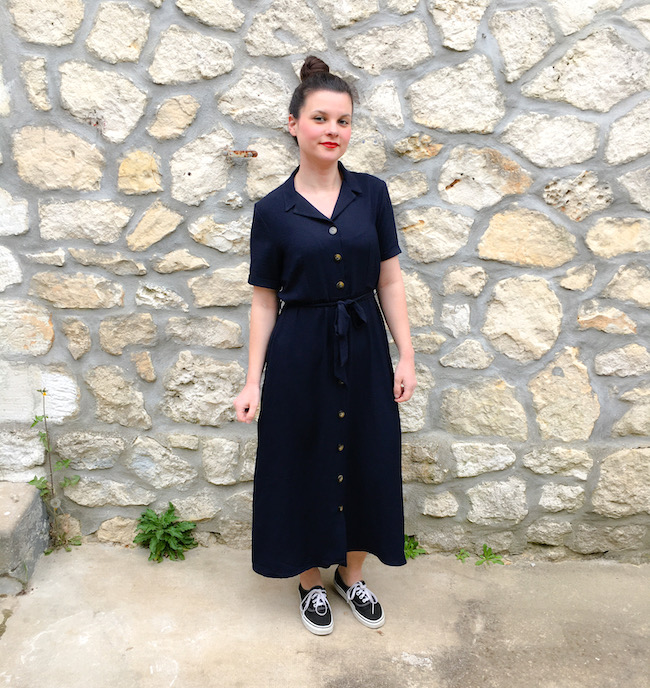 comment-porter-look-perfecto-noir-robe-longue-bleu-marine-blog-mode-la-rochelle-2