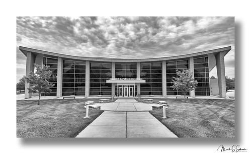 William D. Purser DC Center - Logan University B&W