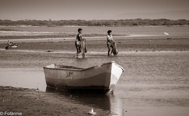 Jungs beim Fischen Los Flamencos / fishing boys