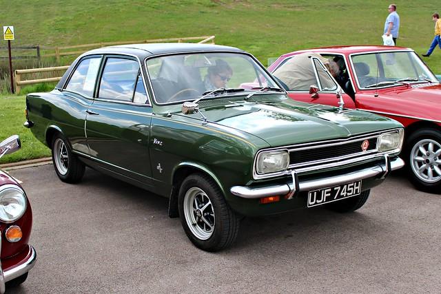 233 Vauxhall Viva (HB) 1.3 SL (1970) UJF 745 H