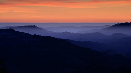 mountburdell dusk nightfall distanthills silhouettes haze pacificocean horizon layeredlandscape landscape colorfulsky marincounty california