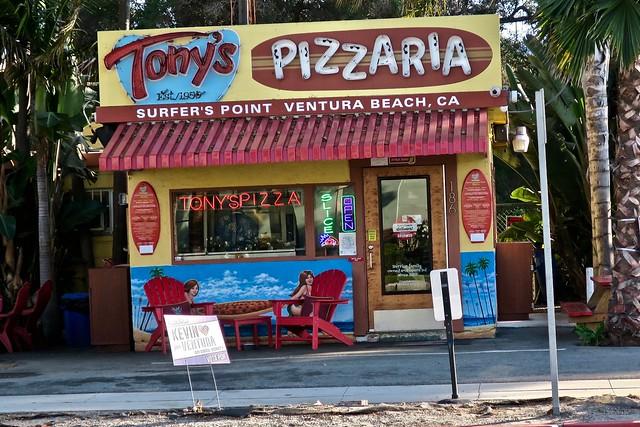 Tony's Pizzaria, Ventura, CA