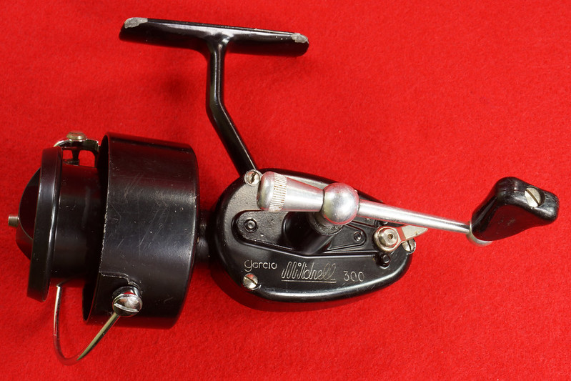 RD17658 Vintage GARCIA MITCHELL 300 Fishing Reel Made in France DSC05718