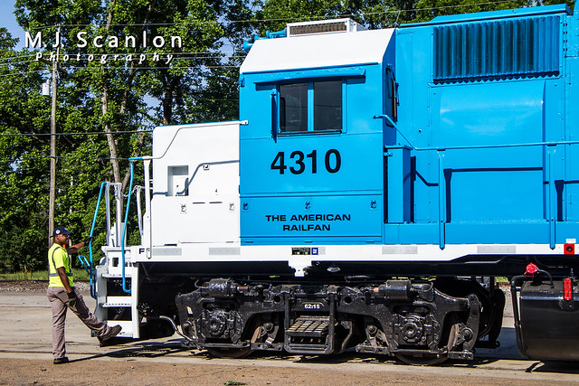 RILX 4310   EMD GP38   Rock Island Rail