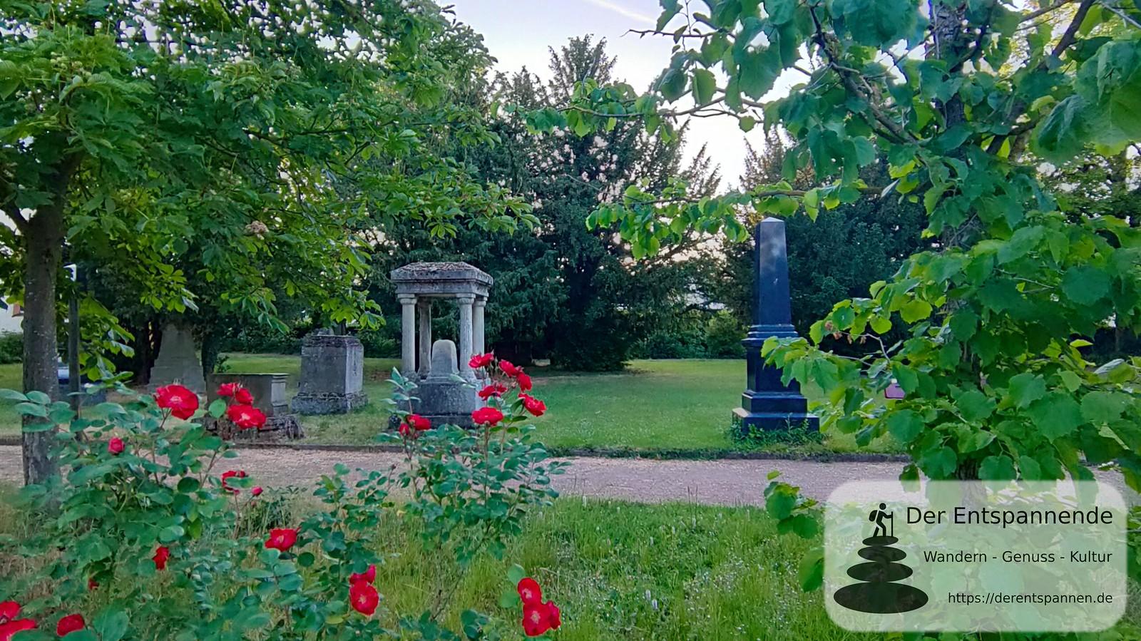Denkmalgeschützter alter Friedhof Selzen