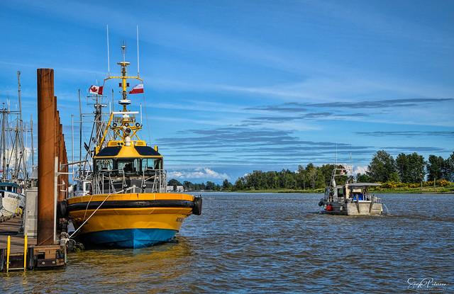 Pilot Vessel Dalena PACIFIC NAVIGATOR - Steveston Harbour