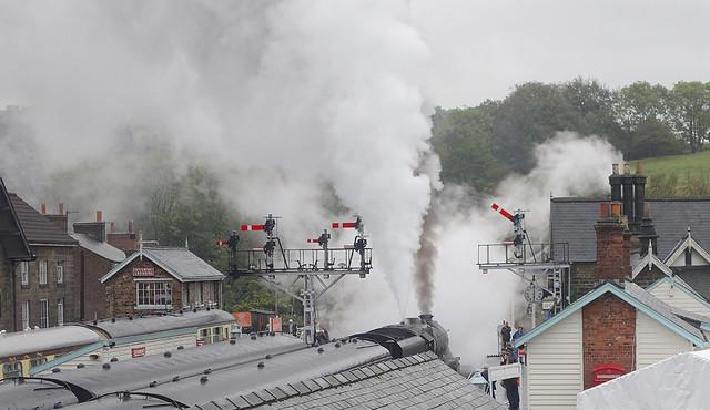 RD20994.  Steamy Departure.