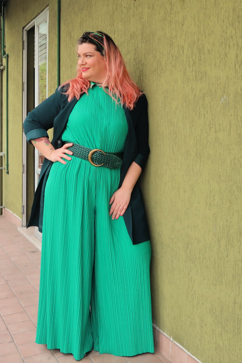 Verde, outfit plus size, curvycolorchallenge , come indossarlo (3)
