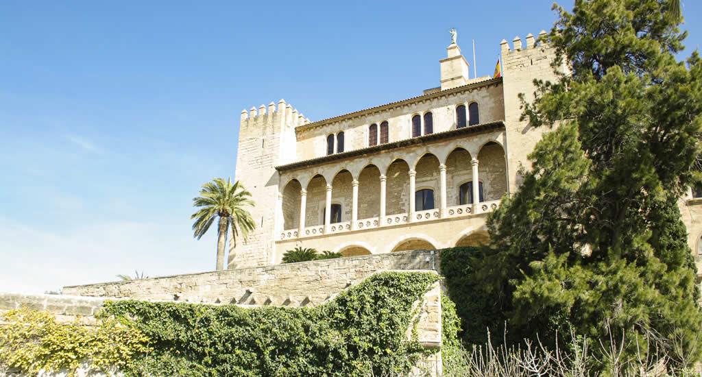 Bezienswaardigheden Palma de Mallorca: La Almudaina | Mooistestedentrips.nl